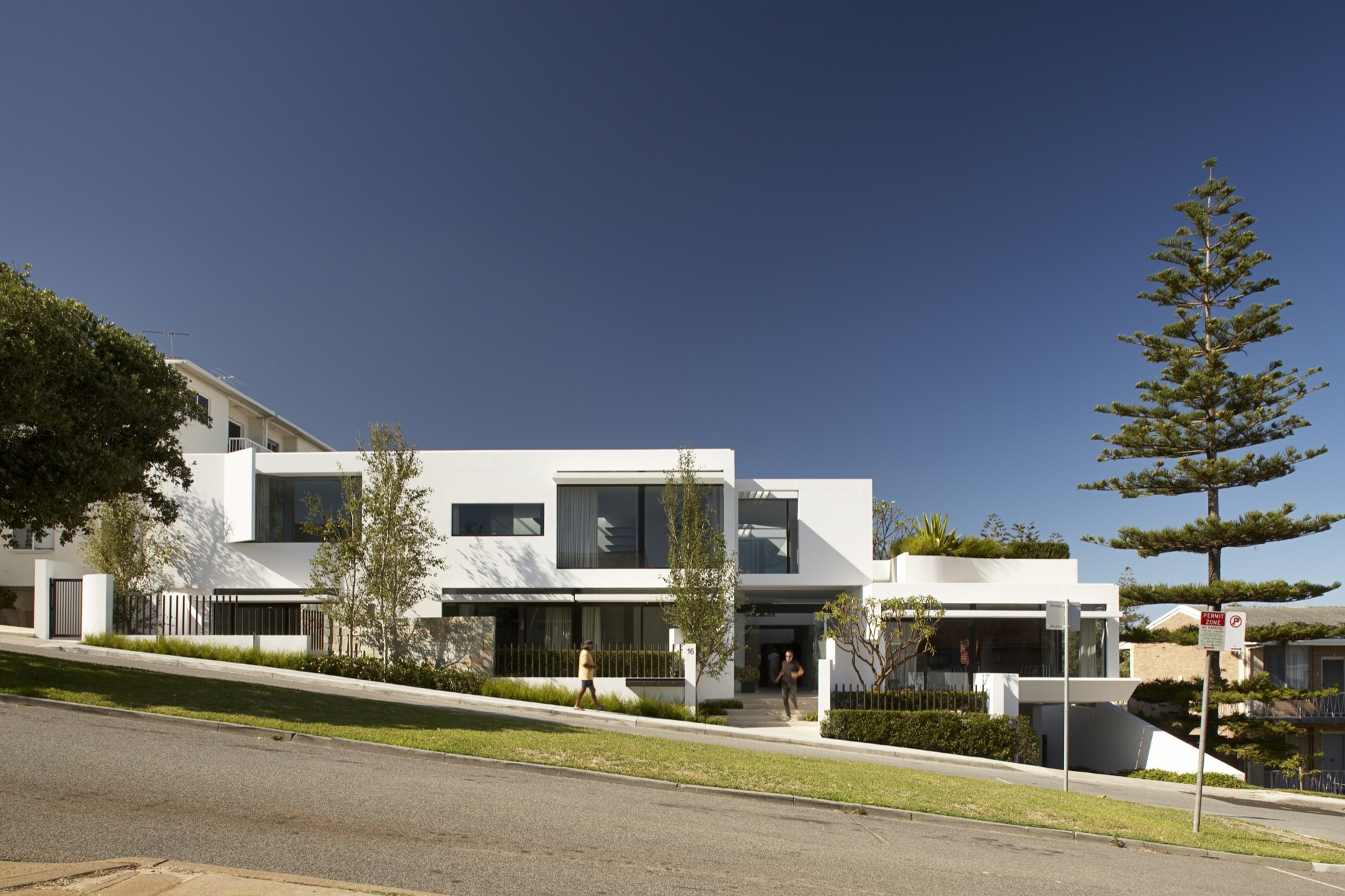 Apartments in Cottesloe 02